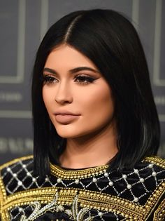Sigh: Kylie Jenner Announces Shes into Small Lips Now. :) love the hair :) Kily Jenner, Moda Kylie Jenner, Estilo Kylie Jenner, Estilo Kardashian, Kylie Jenner Style, Kendall And Kylie Jenner, Kardashian Jenner, Kylie Jenner Hair Bob, Kylie Jenner Lips