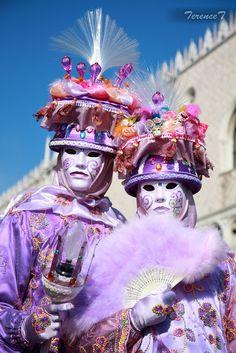 ~Venice Carnival 2009~ #mask #purple #venice