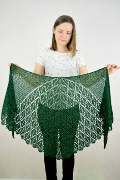 Ravelry: Serrate Shawl pattern by Sylwia Kawczyńska Crochet Cardigan, Crochet Shawl, Easy Crochet, Crochet Lace, Free Crochet, Knit Cowl, Crochet Granny, Lace Shrug, Lace Shawls