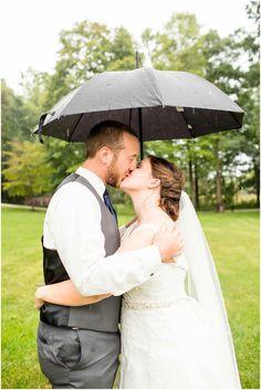 Fall and Rainy Ohio Wedding  Loren Jackson Photography | Photographer Akron Ohio