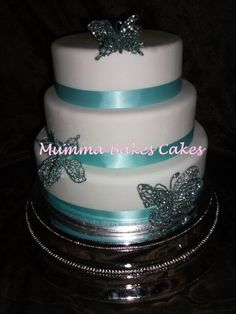 Simple butterfly wedding cake