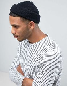 Shop ASOS DESIGN mini fisherman beanie in black. With a variety of delivery, payment and return options available, shopping with ASOS is easy and secure. Shop with ASOS today. Fashion Guys, Blazer Fashion, Fashion Sale, Mens Fashion, Fashion Trends, Fashion Online, Beanie Outfit, Asos, Bonnet Outfit
