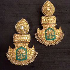 Bespoke vintage jewels Royal Jewelry, India Jewelry, Gold Jewelry, Jewelery, Jewelry Bracelets, Bangles, Necklaces, Rajput Jewellery, Amrapali Jewellery