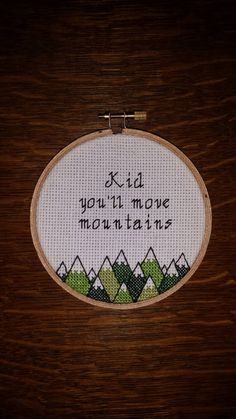 New embroidery hoop mountains cross stitch Ideas Cross Stitch Hoop, Cute Cross Stitch, Beaded Cross Stitch, Cross Stitch Embroidery, Cross Stitch Patterns, Simple Embroidery, Embroidery Fabric, Move Mountains, Cross Stitching