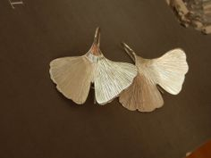 ginkgo biloba leaf earrings in sterling by calcagninigioielli, $77.00