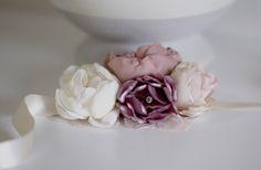 Pink wrist corsage | Wrist corsage | Wedding corsage |  Flower bracelet | Flower corsage | Bridal corsage | Bridal wrist corsage | Handmade fabric flower corsage