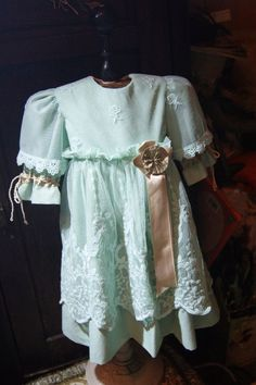 Beautiful dress for France or German antique doll 24-25