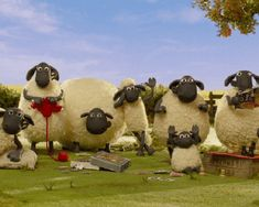 Shaun the sheep and friends waving. Animated.