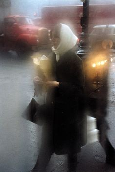 by Saul Leiter Great for grocery moment