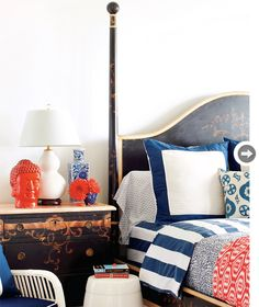 Create a dramatically bold colour scheme with these contrasting hues.