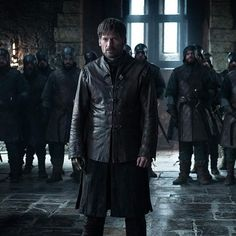 Get ready to wear Game of Thrones Season 8 Leather Jacket that is worn by Jaime Lannister. Game Of Thrones Jaime, Game Of Thrones Cersei, Game Of Thrones Facts, Game Of Thrones Quotes, Game Of Thrones Funny, Cersei And Jaime, Medieval, Nikolaj Coster Waldau, Got Memes