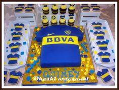 cake cookies y cupcakes Boca Juniors Soccer Birthday, 27th Birthday, Birthday Cake, Tiger Cake, Ideas Para Fiestas, Beautiful Cakes, Cake Cookies, Ale, Candy