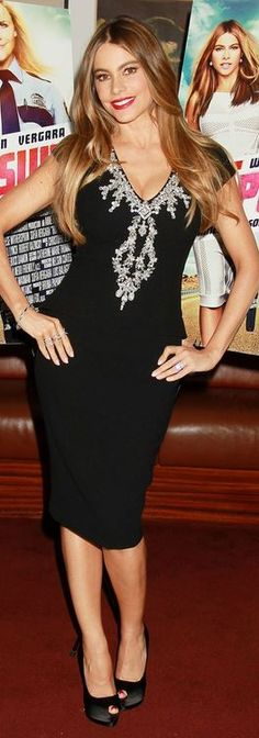 Who made Sofía Vergaras black crystal dress? please follow me,thank you i will refollow you later