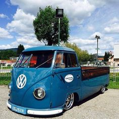 ♠ No speed bumps or pot holes please. Volkswagen Transporter, Volkswagen Bus, Vw T1, Kombi Pick Up, Combi Wv, Vw Pickup, Truck Covers, Split Screen, Wheels On The Bus