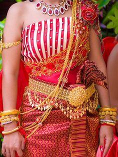 Khmer clothing