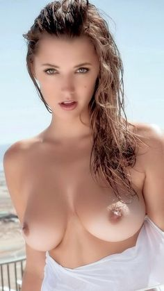 Sexy women with big natural tits toplesd