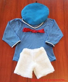 Karnawał - strój Kaczora Donalda / The carnival - the Donald Duck costume