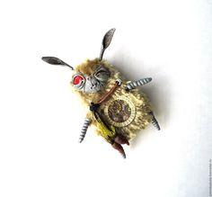 Купить Заяц с Марса. брошка. - серый, заяц, ручная работа, авторские украшения, игрушка, брошь