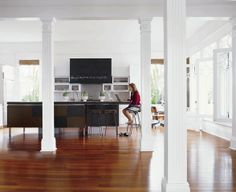 "Historic home in New Orleans, LA, by Jill Dupré, from ""Metropolitan Home: Design 100,"" photograph by Sara Essex"
