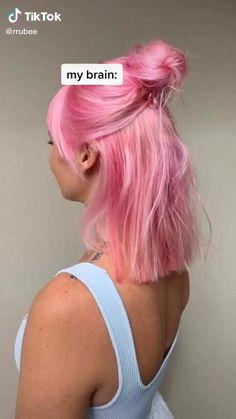 Pastell Pink Hair, Hair Color Purple, Hair Dye Colors, Cool Hair Color, Pink Hair Streaks, Pastel Pink, Pastel Hair Colors, Blonde Hair Pink Roots, Ombre Hair