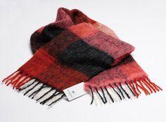 Red mohair-alpaka Schal / Scarf