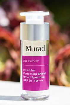 "Get a naturally pretty daytime look with Murad's Invisiblur Perfecting Shield! This light weight makeup primer instantly blurs imperfections for a long-lasting airbrushed look while fighting wrinkles - all in just one step. Plus, the invisible broad spectrum SPF 30 will protect your skin without the oily feel. For the perfect ""no-makeup"" look, add one pump with a drizzle of liquid foundation to create your own CC cream. Treat, blur, protect and get going with Invisiblur Perfecting Shield!"