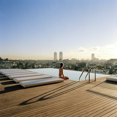 Grand Hotel Central rooftop pool - Barcelona