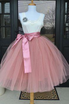 Womens Tutu Rose Pink Tulle skirt Mauve by MaidenLaneBoutique Jupe Tutu Rose, Tutu En Tulle, Grey Tulle Skirt, Pink Tutu Skirt, Pink Tulle, Tulle Dress, Pink Dress, Tulle Skirts, Adult Tulle Skirt