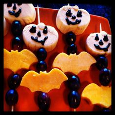 Halloween snack kabobs! Pumpkin marshmallows, grapes and cheese (used bat cookie cutters)