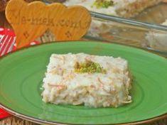 Aslan Sütü Tatlısı Food Design, Paleo Waffles, Turkish Recipes, Homemade Beauty Products, Dessert Recipes, Desserts, Food Illustrations, Tart, Food And Drink