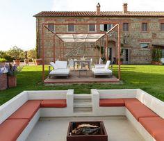 lawn lounge