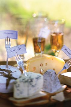 al fresco wine & cheese