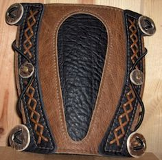 archery Arm Guard Cool Blacksmithing Knives, Archery Accessories, Arm Guard, Traditional Archery, Bowhunting, Quiver, Leather Projects, Leather Working, Arm Candies