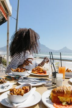 A guide to exploring Cape Town. What to see and do in Cape Town South Africa. Bougie Black Girl, Uber A, The Caged Bird Sings, Black Girl Aesthetic, Airplane Travel, Going On A Trip, Travel Goals, Adventure Is Out There, Cape Town