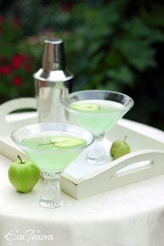 Green Apple Martini   Eva Toneva