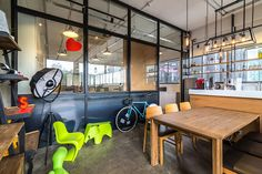Sennex office by Sennex consultants, Singapore » Retail Design Blog
