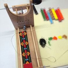 The North Valley on the loom. Bead Loom Patterns, Beading Patterns, Stitch Patterns, Loom Bracelets, Bangles, Tapestry Loom, Beaded Lanyards, Native American Beading, Tear