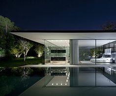 Gravity-Defying Float House by Pitsou Kedem Architects