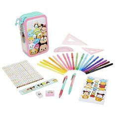 Tsum Tsum Disney Deluxe Pencil Case 8 Pack Playset -- Details can be found by clicking on the image. Adult Crafts, Crafts For Kids, Susanoo Naruto, Disney Rooms, Tsumtsum, Arts And Crafts Furniture, Disney Tsum Tsum, Disney Addict, Office Accessories
