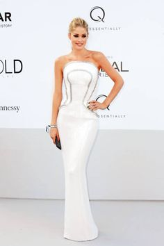 Doutzen Kroes does white to perfection in Versace