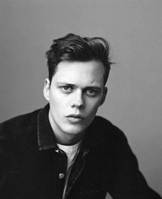 Bill Skarsgård. If only I could pull him out of this picture...