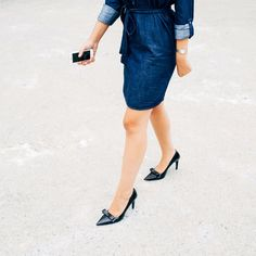 How to don a jean shirtdress for work? Just add a pair of heels (a pointy toe pair is our personal fave).