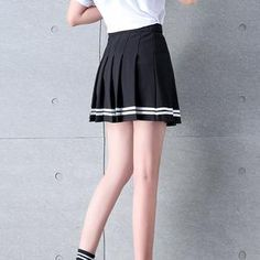 Black Pleated Skirt, Pleated Fabric, Stripe Skirt, Uzzlang Girl, Plaid Skirts, Mini Skirts, Cheer Skirts, Korean Fashion Shorts, Preppy Skirt