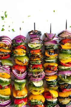 Grilled Veggie Skewers perfectly charred, drizzled with tangy balsamic vinegar and brushed with a fresh garlic herb sauce. Best Grilled Vegetables, Bbq Vegetables, Grilling Recipes, Cooking Recipes, Cooking Time, Grilling Tips, Veggie Skewers, Vegetarian Skewers, Snacks