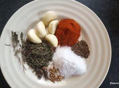 Condimente naturale pentru pasta de mici de casa Thing 1, Romanian Food, Cata, Pork Belly, Pork Roast, Barbecue, Grains, Cooking, Breakfast