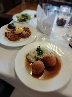 Looshaus Panna Cotta, Pudding, Restaurant, Ethnic Recipes, Desserts, Food, Fine Dining, Food And Drinks, Food Food