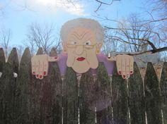 La main personnalisé en bois fonctionnelle « grincheux vieille dame » Rail Pet ou clôture de Sitter