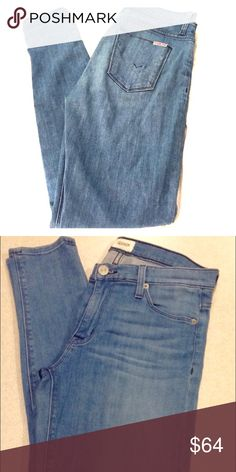 Hudson jeans size 27 Nico super skinny midrise Semi stretchy fabric. Beautiful light blue. Fits exactly like modeled picture, but these jeans are of a slightly darker, more blue denim. Barely worn, like new. Hudson Jeans Jeans Skinny