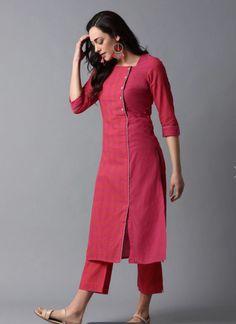 Plain Kurti Designs, Silk Kurti Designs, Simple Kurta Designs, Churidar Designs, Kurta Designs Women, Kurti Designs Party Wear, Latest Kurti Designs, Latest Kurti Styles, Sleeves Designs For Dresses