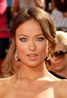 Olivia Wilde in one of her 'falling in love' expressions. Beautiful Celebrities, Beautiful Actresses, Gorgeous Women, Olivia Wilde Bikini, Olivia Wilde Eyes, Beautiful Eyes, Beautiful People, Beauty Routine Video, Non Blondes